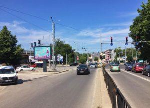 26-2. bul. Hr.Botev / bul. Tsar Boris III - crossroad Stochna gara_towards Central Station